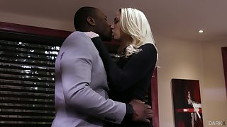 Aurous babe Sierra Nicole is cheating on her husband with big black lover
