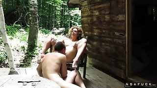 What a perfect chick this guy is making out outdoors