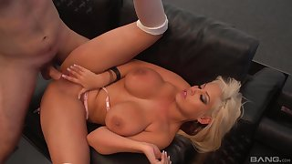 Mature blonde Bridgette B spreads will not hear of legs and gets penetrated