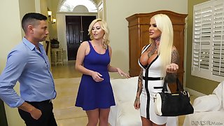 Order about shemale talks a hot babe Summer Day added to her BF purchase having a triplet